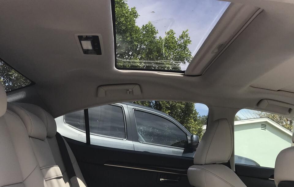 2017 Lexus ES 350 - photo 3