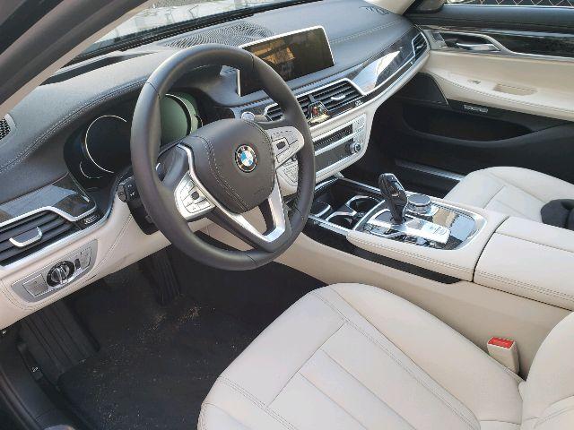 2018 BMW 7 Series - photo 1