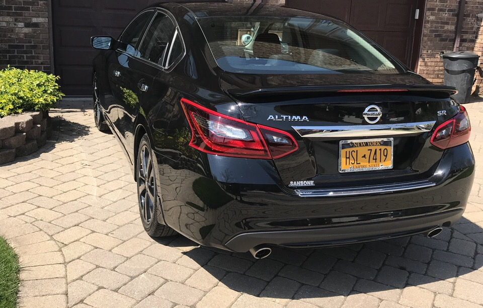 2017 Nissan Altima - photo 1