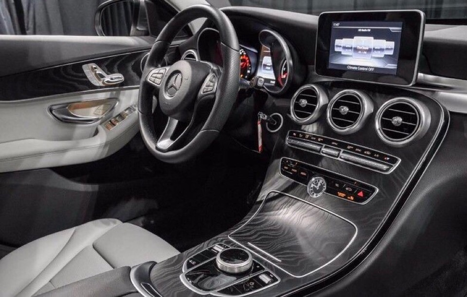 2017 Mercedes-Benz C-Class - photo 2