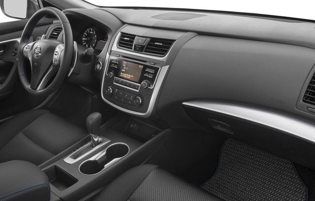 2017 Nissan Altima - photo 6