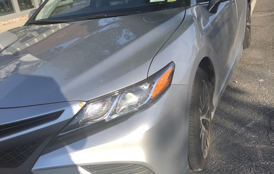 2018 Toyota Camry - photo 2