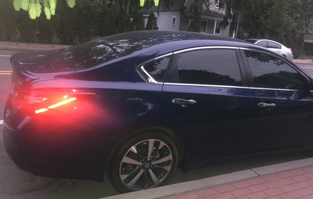 2017 Nissan Altima - photo 2