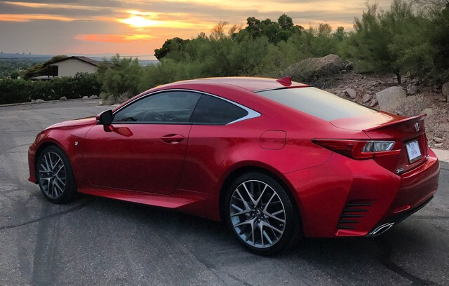 2017 Lexus RC 200t - photo 4