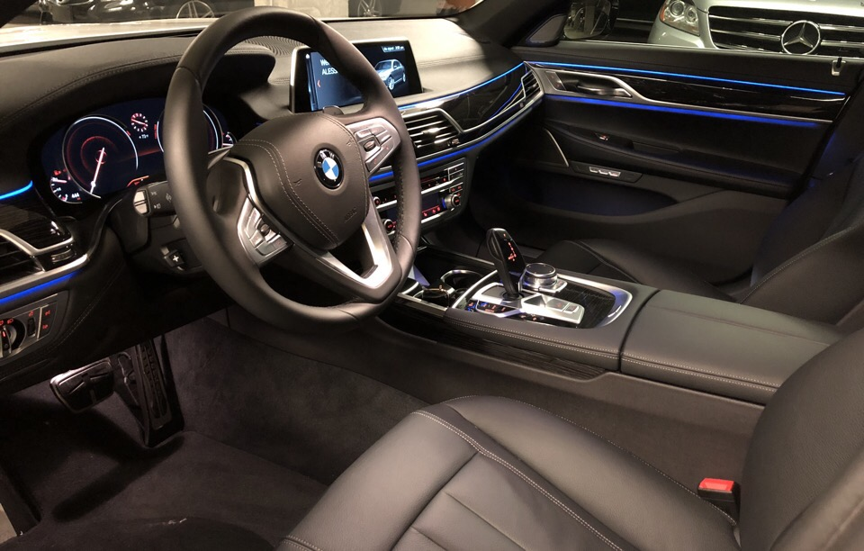2018 BMW 7 Series - photo 4