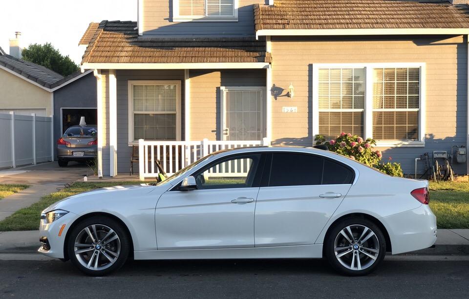 2017 BMW 3 Series - photo 1