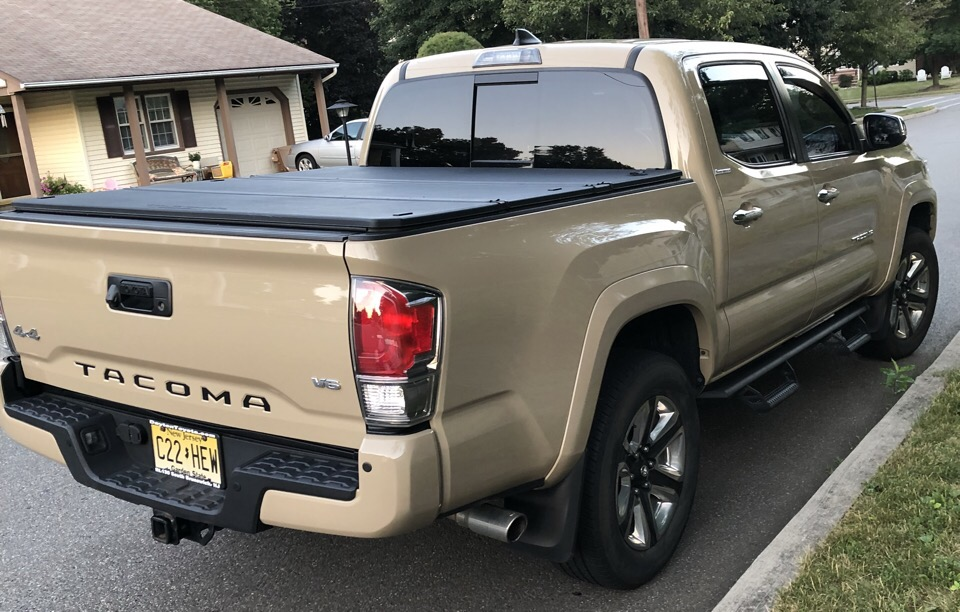 2017 Toyota Tacoma - photo 0