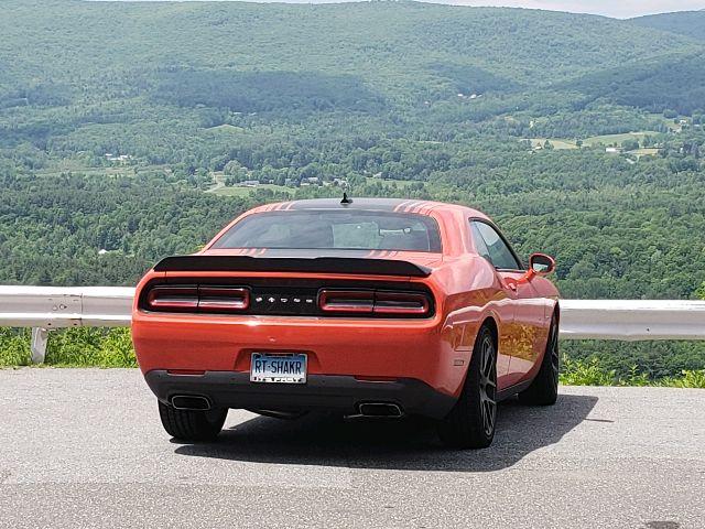 2017 Dodge Challenger - photo 4