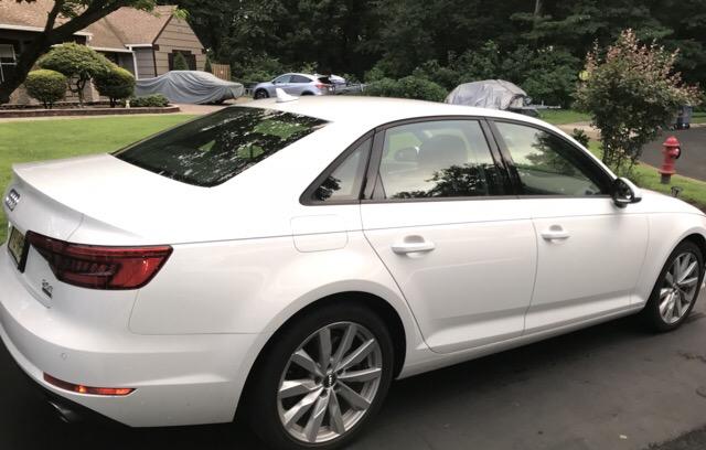 2017 Audi A4 - photo 1