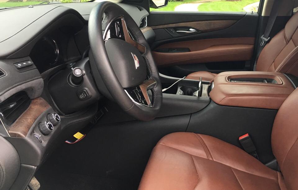 2017 Cadillac Escalade - photo 2