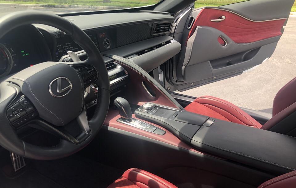 2018 Lexus LC 500 - photo 2