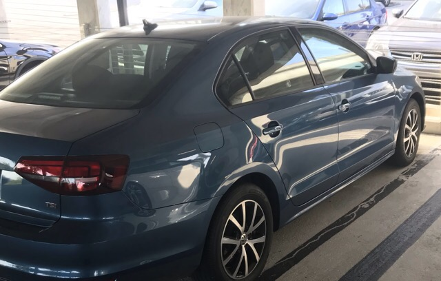2016 Volkswagen Jetta - photo 3