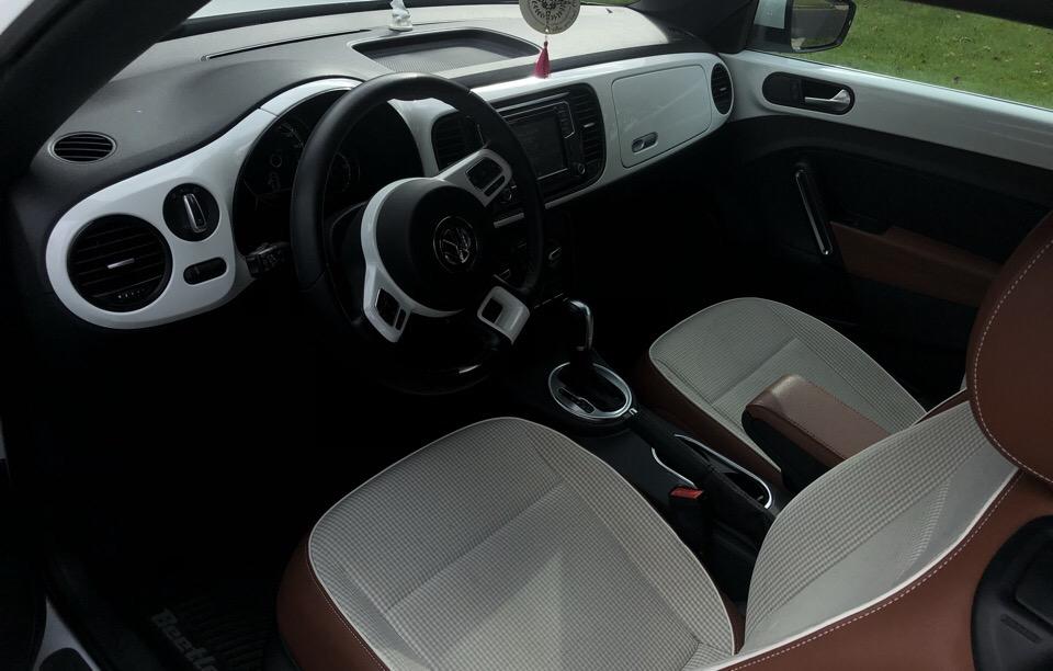 2017 Volkswagen Beetle - photo 2