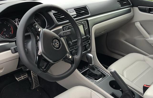2018 Volkswagen Passat - photo 3
