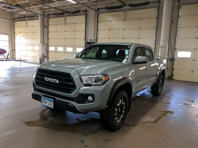 2018 Toyota Tacoma - photo 0