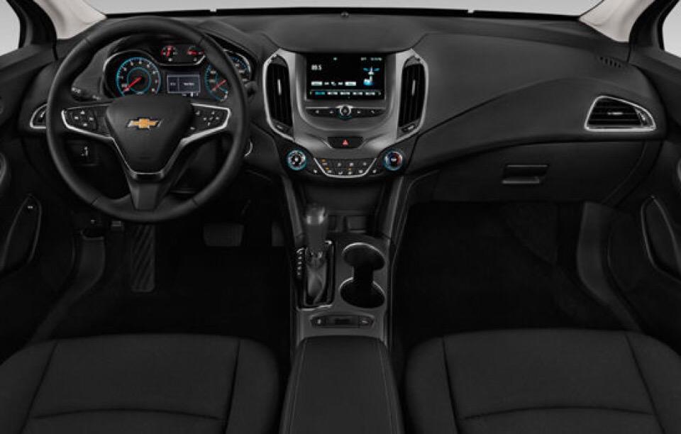 2018 Chevrolet Cruze - photo 3