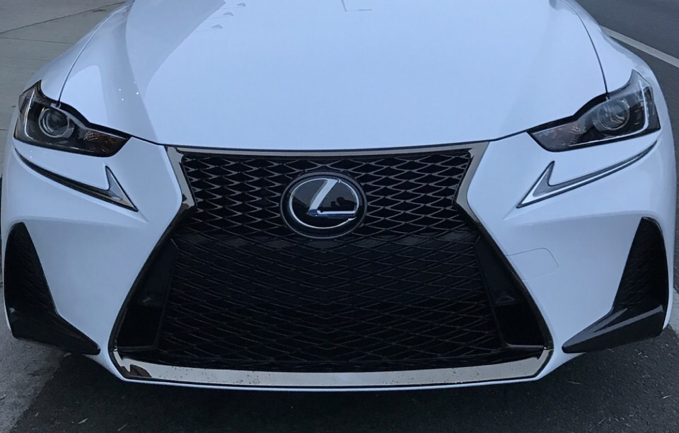 2019 Lexus IS 300 - photo 2