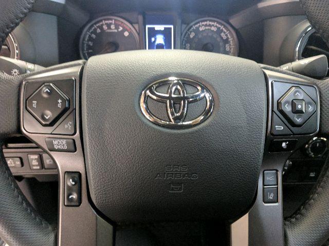 2018 Toyota Tacoma - photo 2