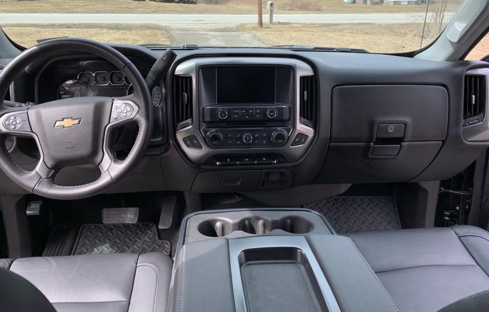 2018 Chevrolet Silverado 1500 - photo 2
