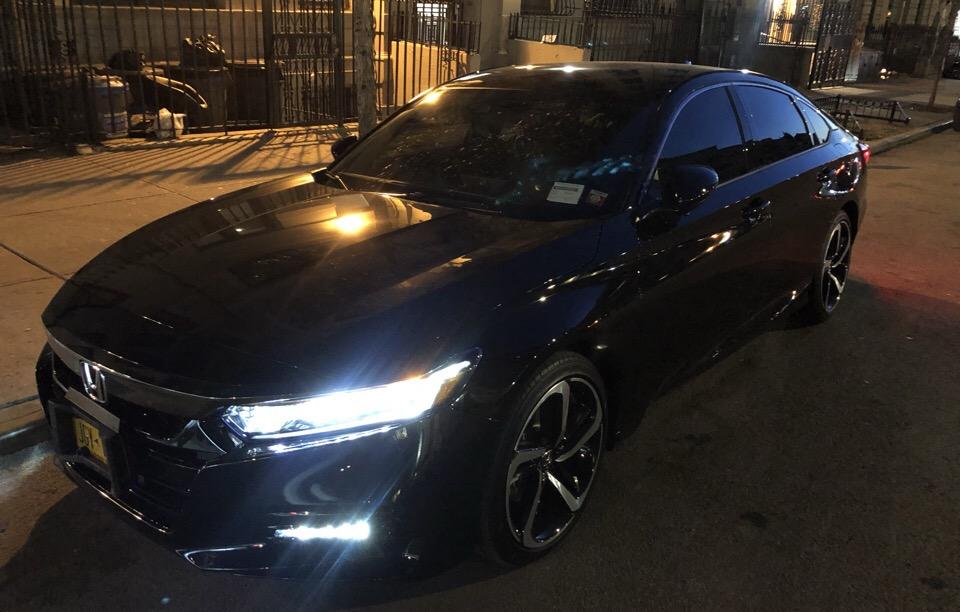 2019 Honda Accord - photo 1
