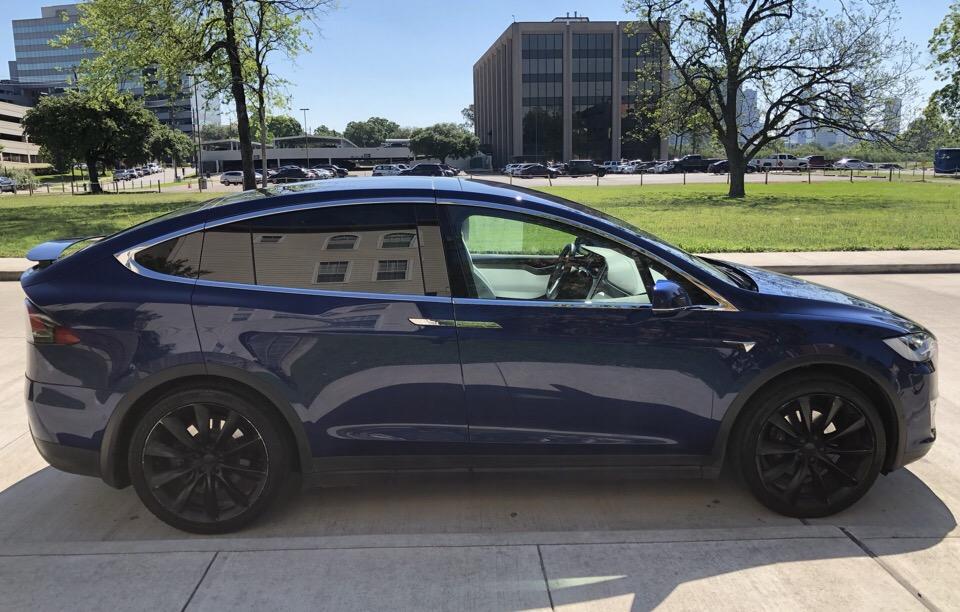 2017 Tesla Model X - photo 1