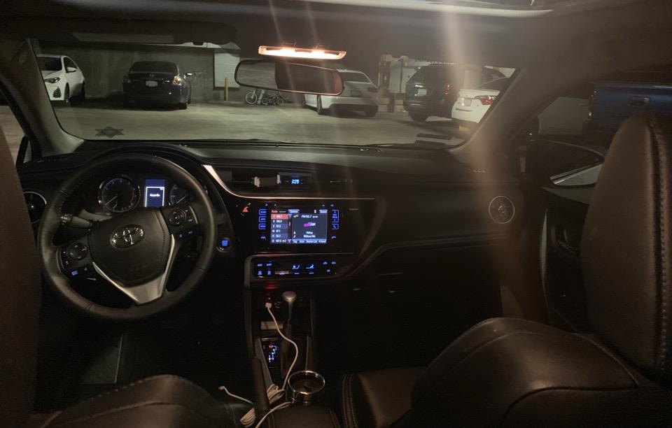 2017 Toyota Corolla - photo 6