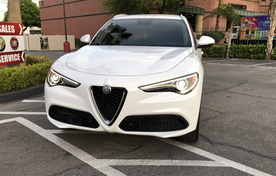 2018 Alfa Romeo Stelvio - photo 1