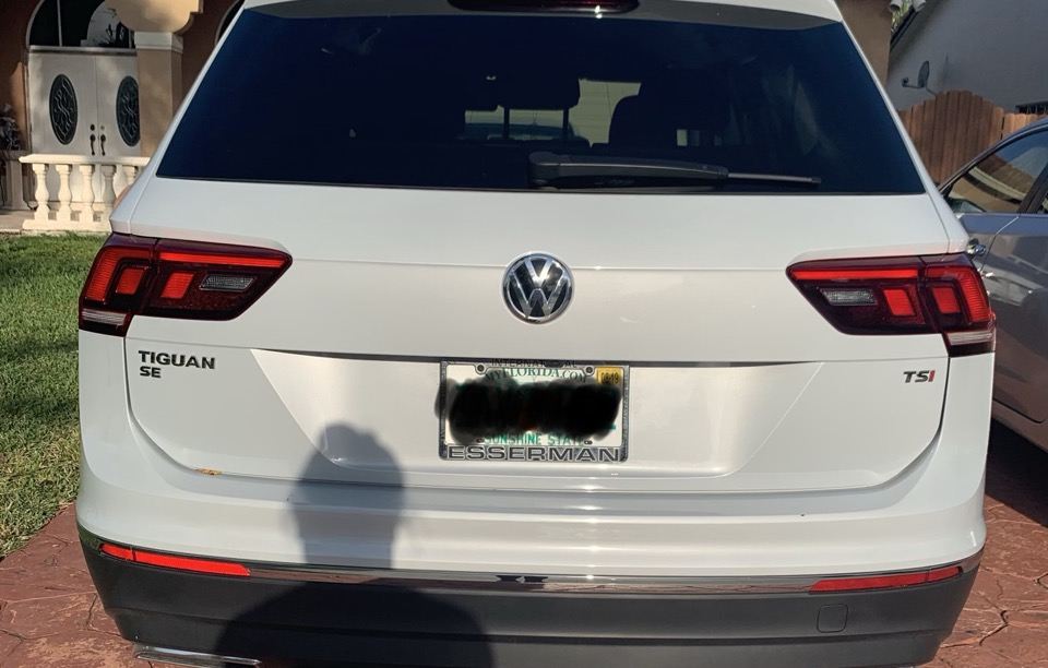 2018 Volkswagen Tiguan - photo 1