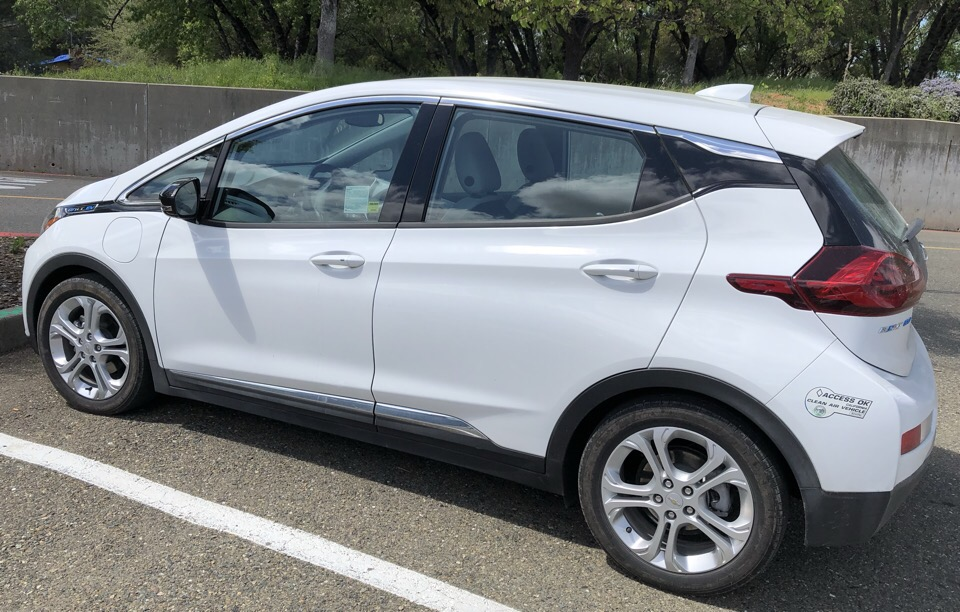 2017 Chevrolet Bolt EV - photo 0