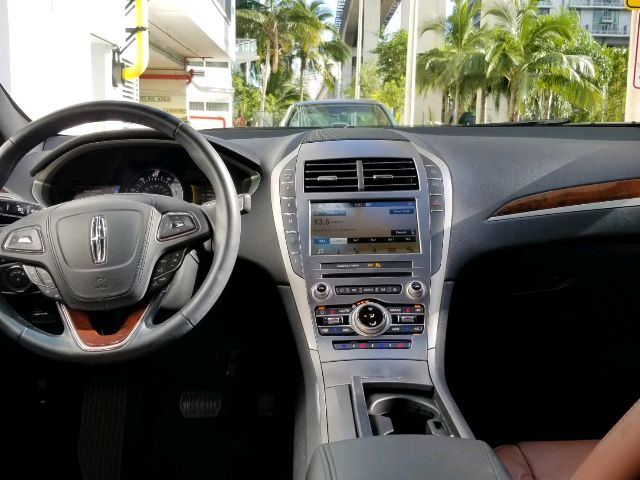 2017 Lincoln MKZ Hybrid - photo 1