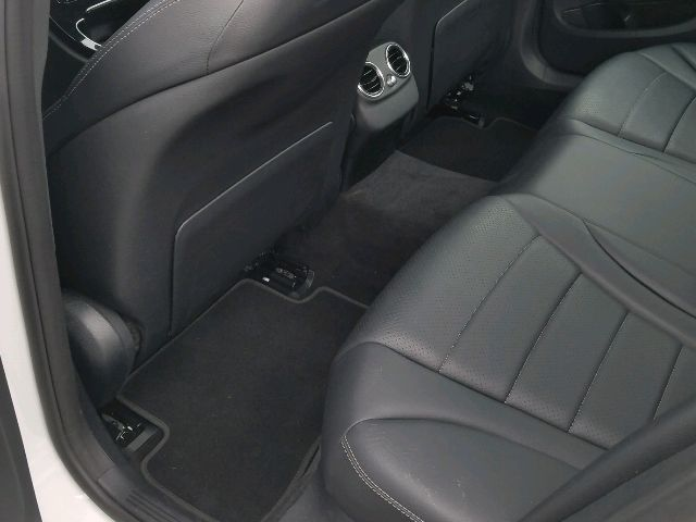 2017 Mercedes-Benz C-Class - photo 9
