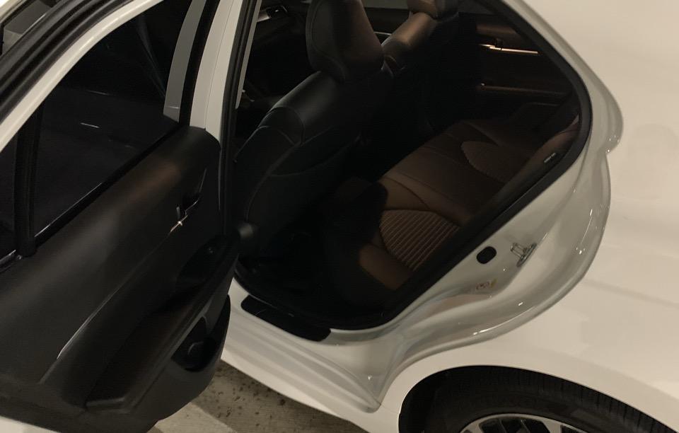 2019 Toyota Camry - photo 6