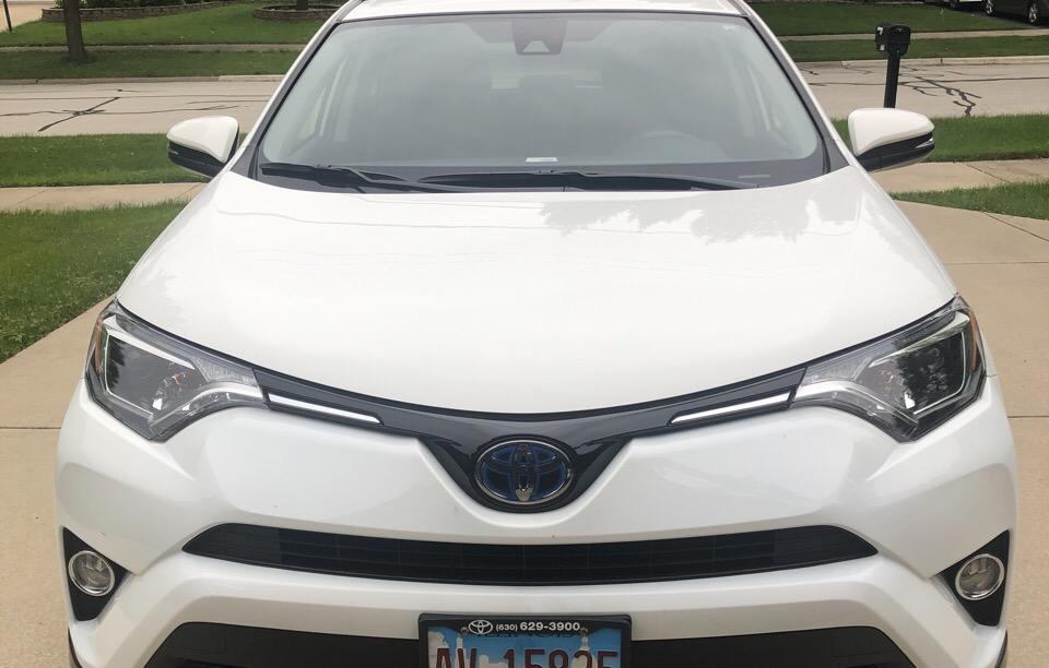 2018 Toyota RAV4 Hybrid - photo 0