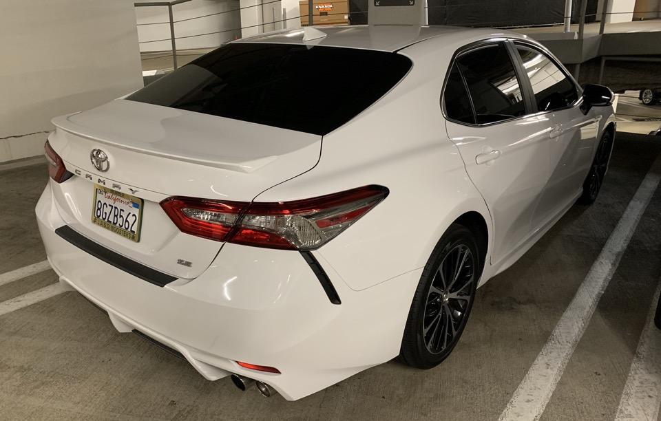 2019 Toyota Camry - photo 3
