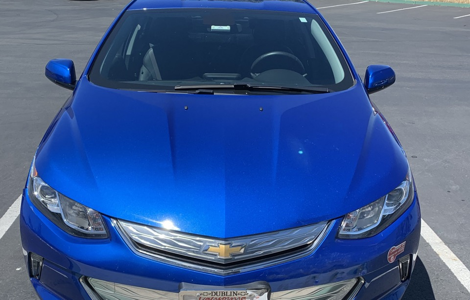 2018 Chevrolet Volt - photo 0