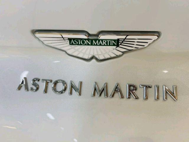 2019 Aston Martin DB11 - photo 2