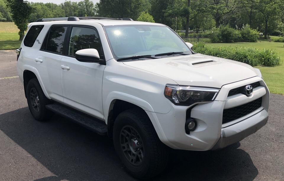2018 Toyota 4Runner - photo 2