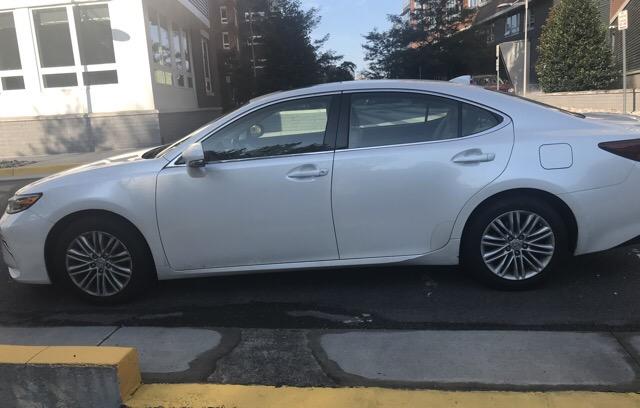 2017 Lexus ES 350 - photo 1