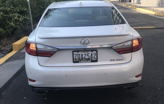 2017 Lexus ES 350 - photo 2