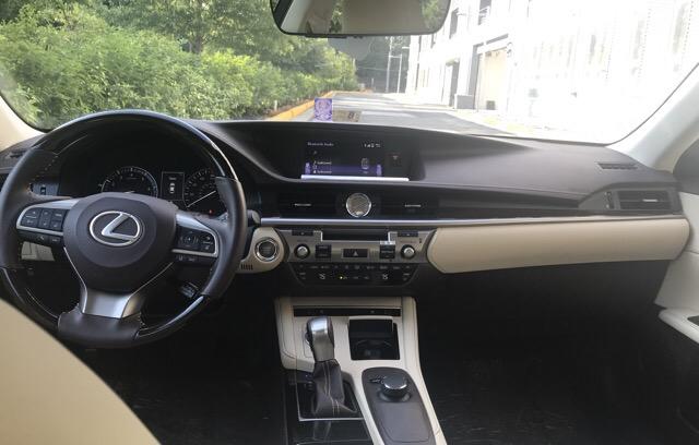 2017 Lexus ES 350 - photo 5