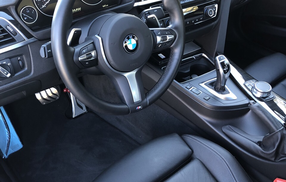 2018 BMW 3 Series - photo 2