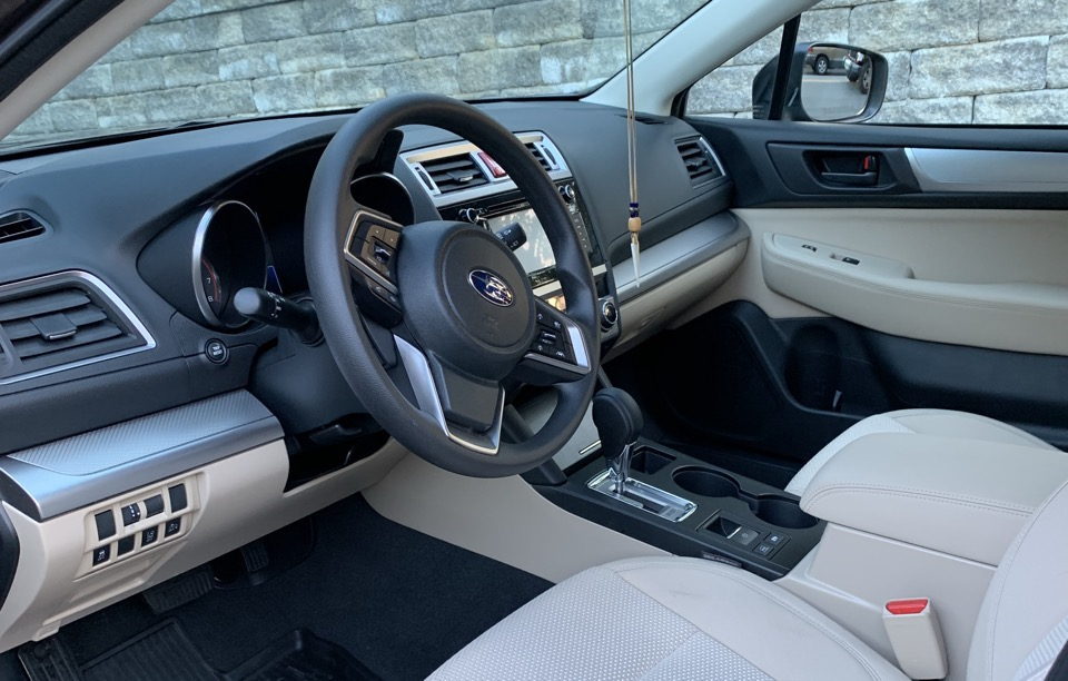 2019 Subaru Outback - photo 2