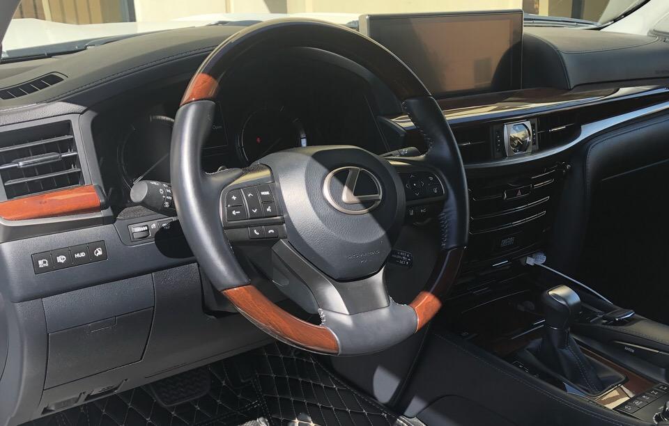 2019 Lexus LX 570 - photo 3