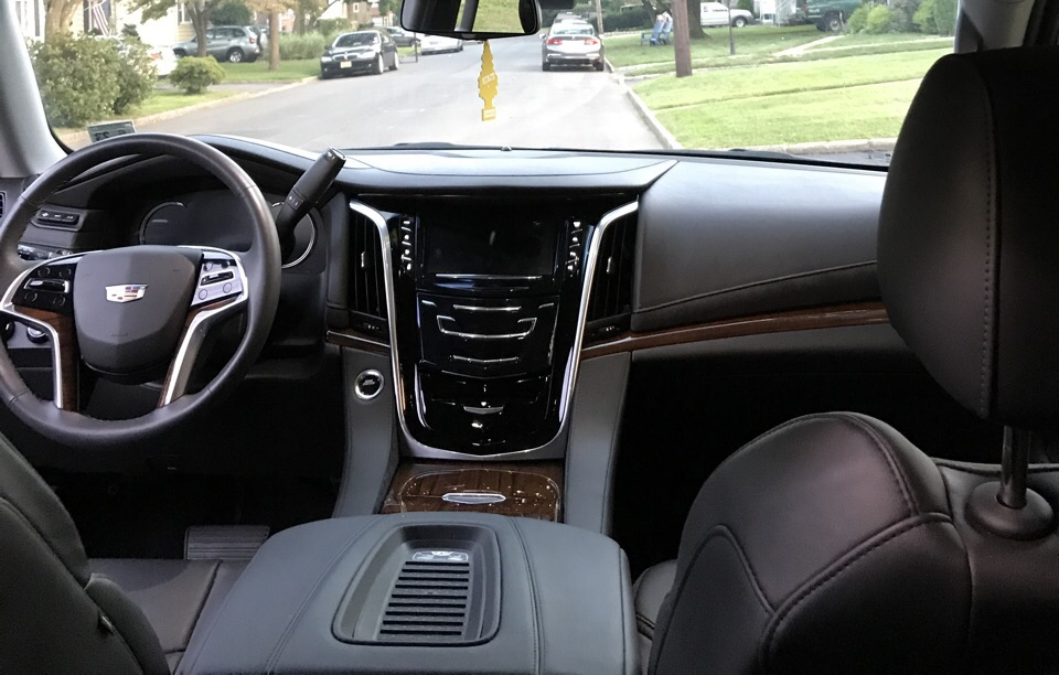 2018 Cadillac Escalade - photo 3