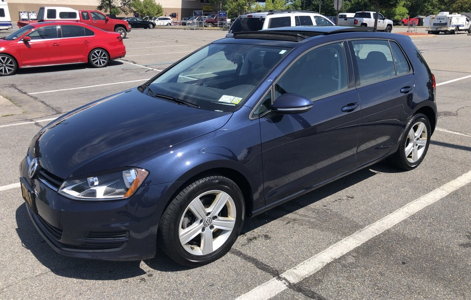 2017 Volkswagen Golf - photo 0