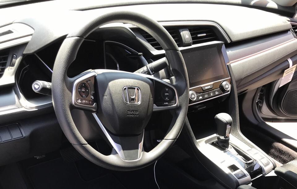 2018 Honda Civic - photo 8