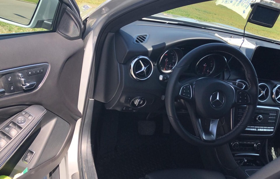 2018 Mercedes-Benz GLA - photo 1