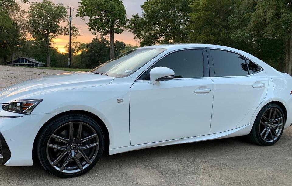 2018 Lexus IS 300 - photo 2