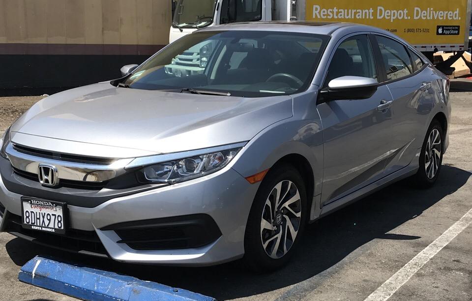 2018 Honda Civic - photo 1