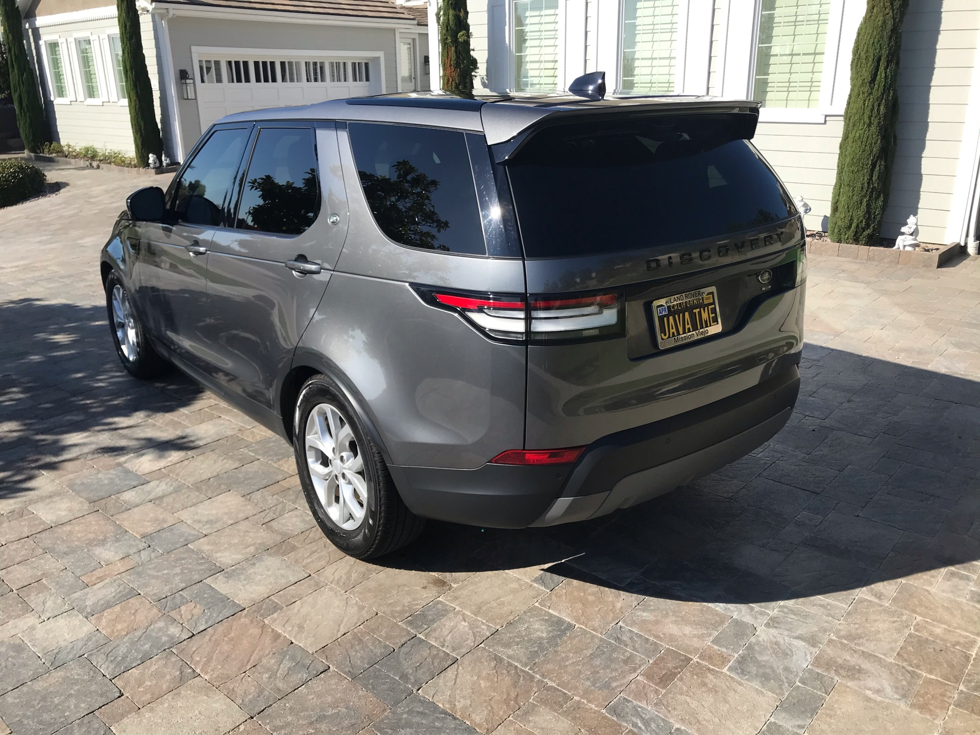 2018 Land Rover Discovery - photo 2